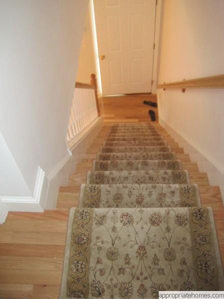 Oak Stair Treads With Carpet Runner ...