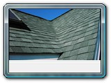 Brewster-closed-valley-dimentional-shingles (2)