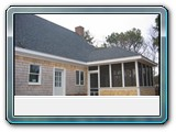 white-cedar- Siding-shingles-painted-white-trim