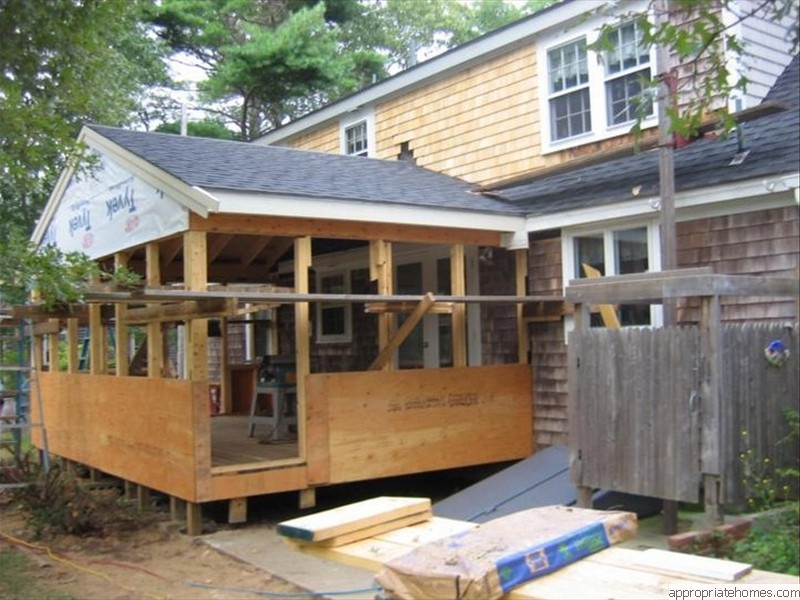 Orleans-screen-porch-roof-staging