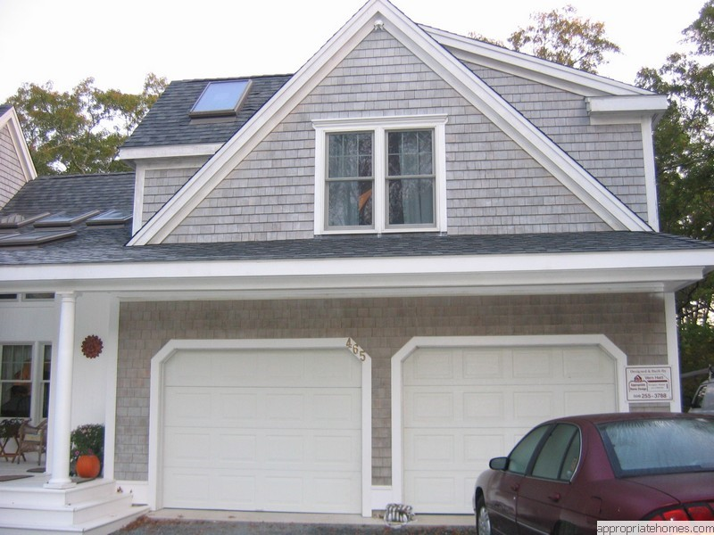 garage-with-dormer-and-dog-house