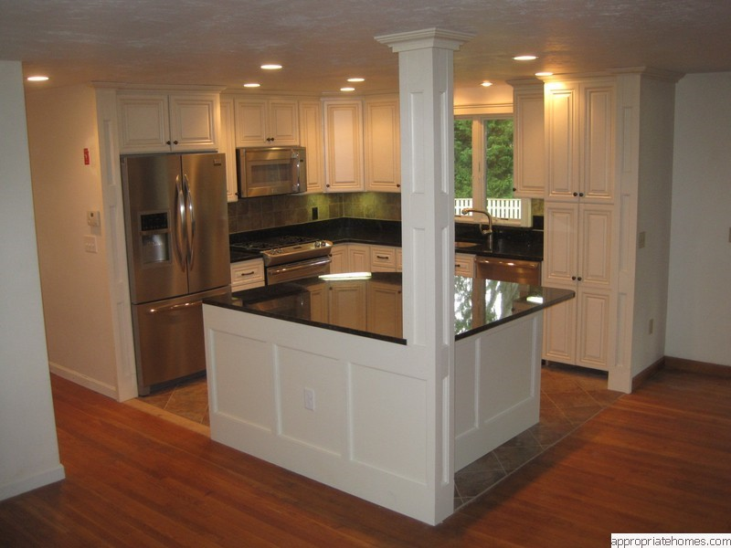 kitchen-island-with-column