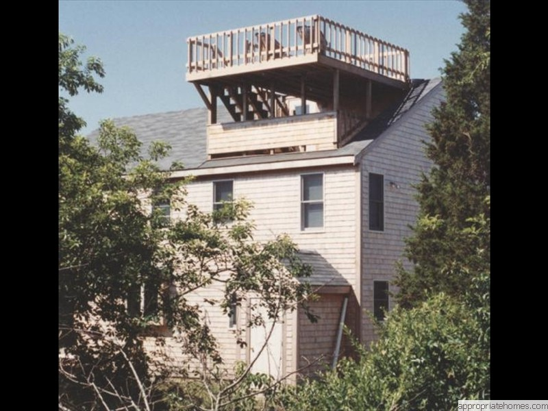 Eastham-roof-deck-with-second-floor-access