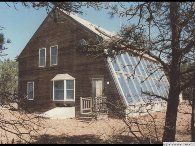 Eastham-saltbox-with-sun-room