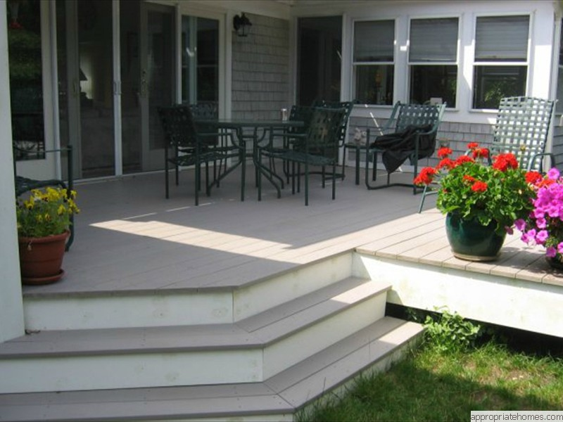 Truro-azek deck-wrap-around-stairs