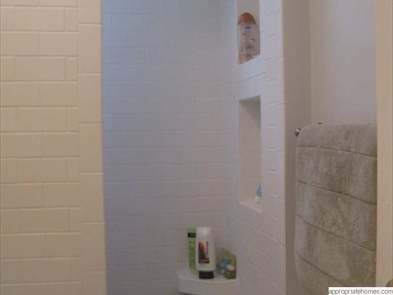 Truro-bathroomremodelshoweraccesories