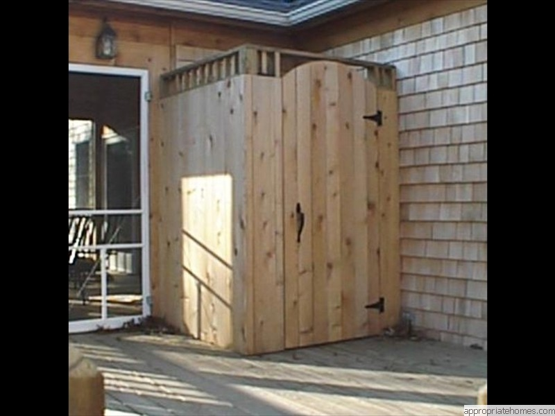 Truro-deck-with-cedar-shower