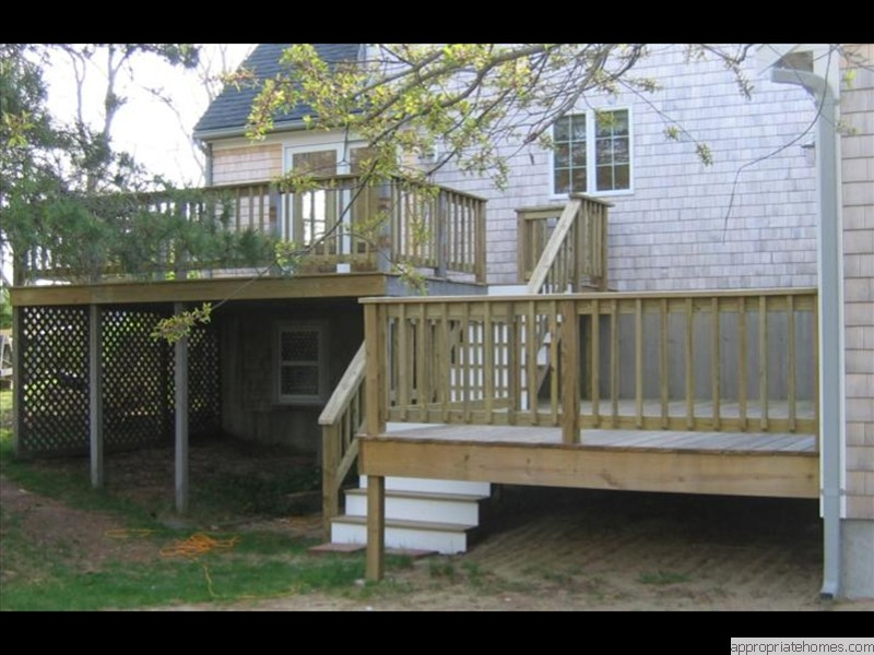 Truro-multi-level-deck-with-stairs