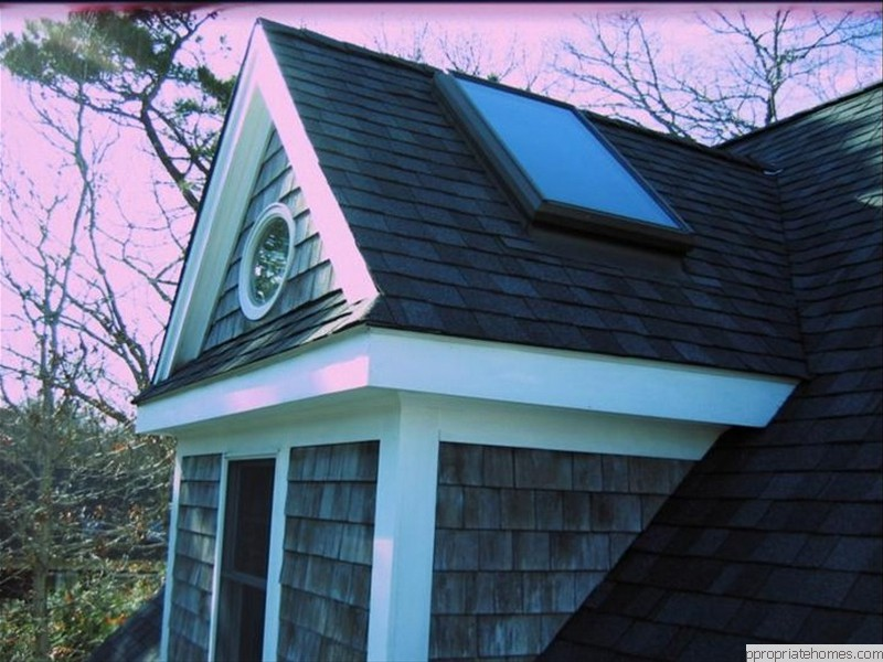 Siding-shingles-and -roof-shingles-dog-house-dormer