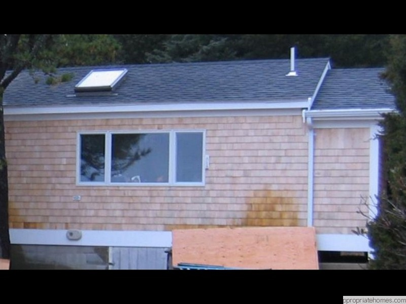 white-cedar-shingles-azek-trim