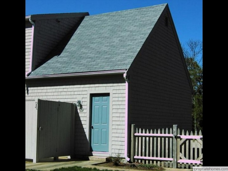 Brewster-white-cedar- Siding-shingles-three-tab-roof-shingles