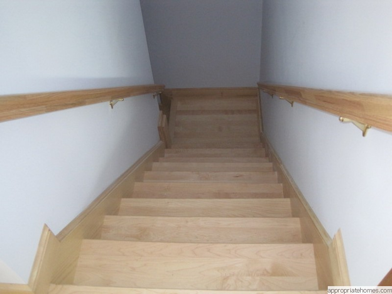maple-stair-treads-pire-skirt-boards