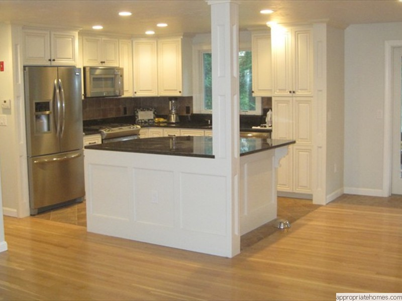 white-oak-flooring-with-ceramic-tile