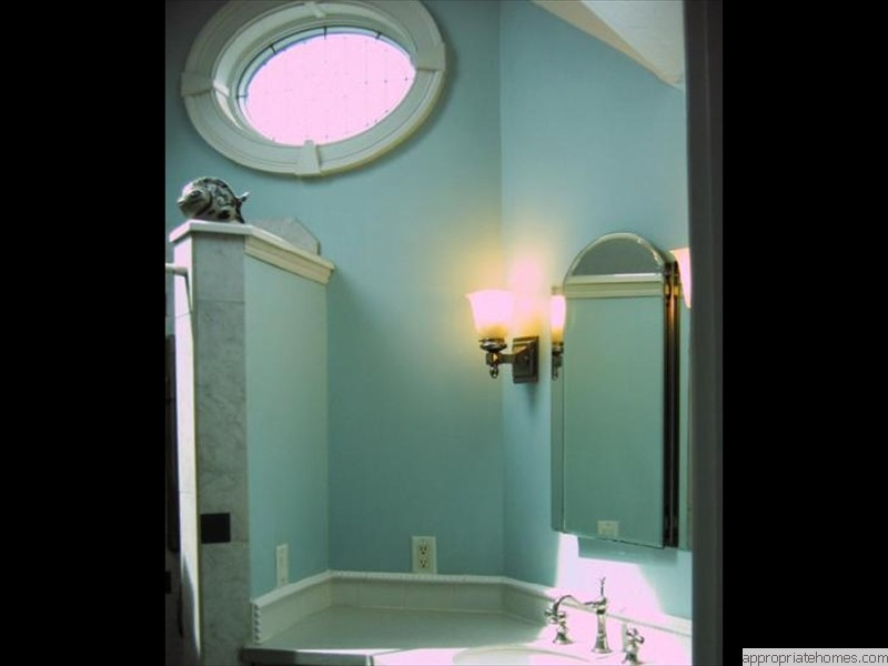 Chatham-bathroom-walls-painted