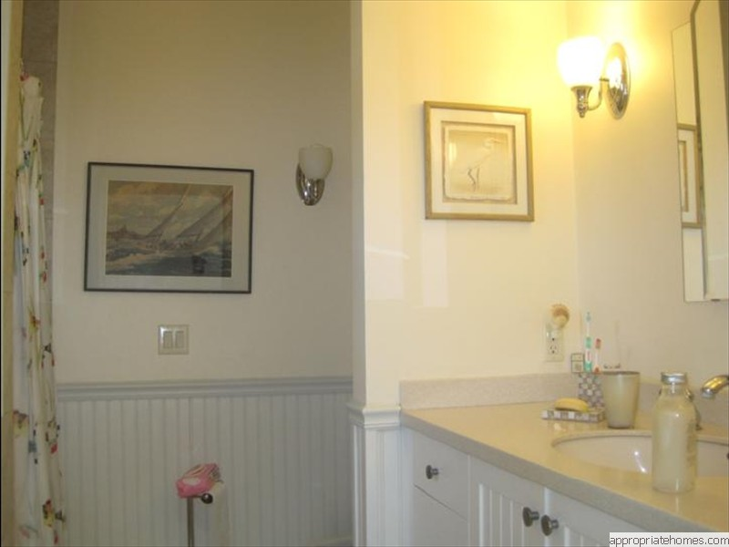 Chatham-painted-bead-board-and-bathroom-walls